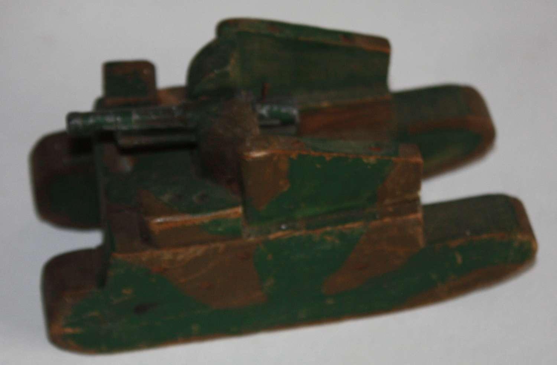 A WWII BOYS HAND MADE MOTORISED ARTILLERY GUN