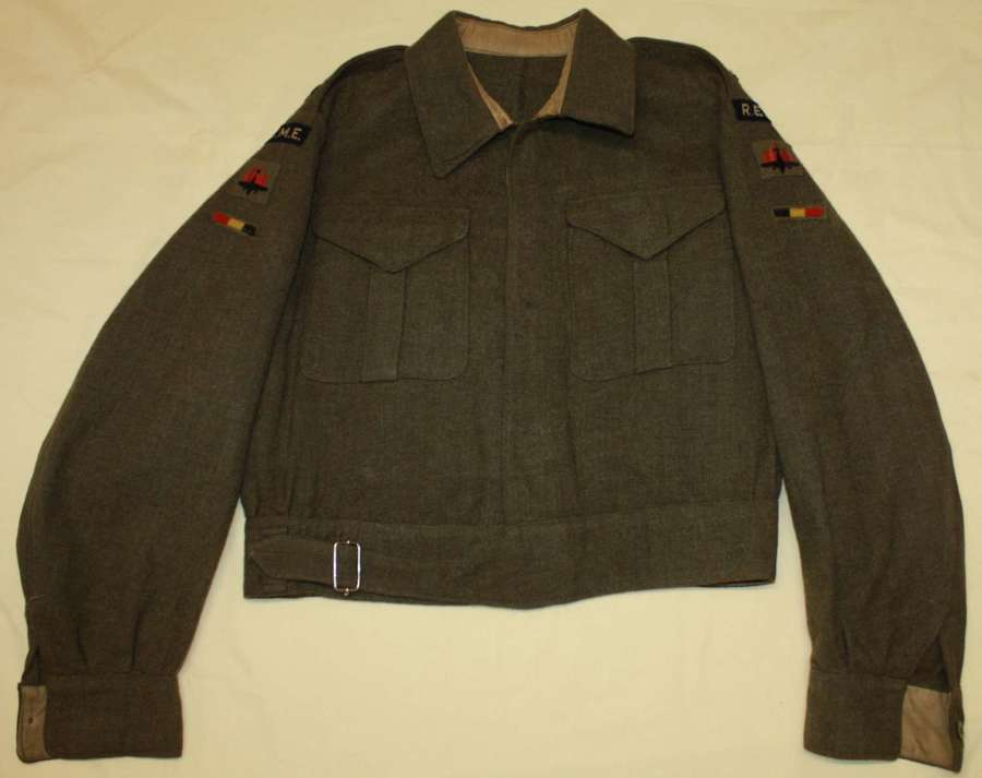 A VERY GOOD 1942 DATED  WWII OFFICERS REME 5TH A A DIVISION BD JACKET