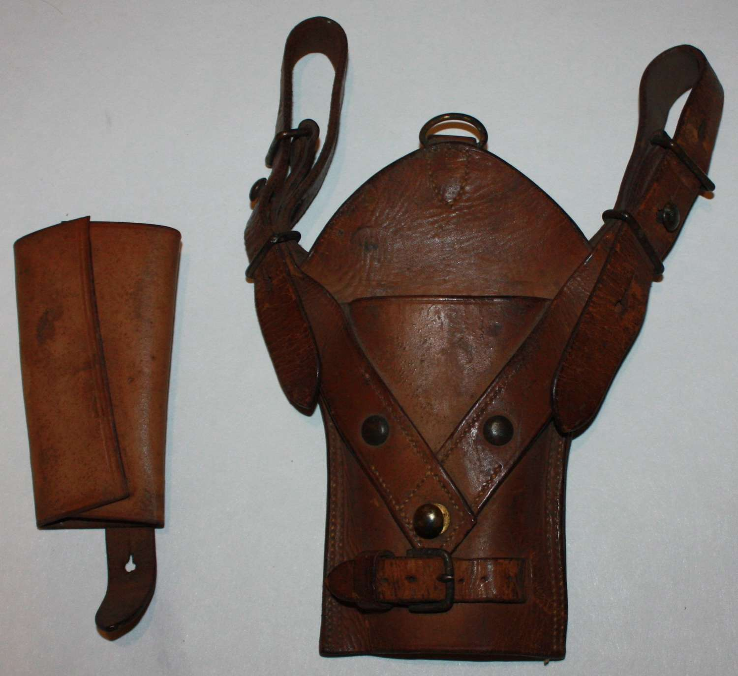 A GOOD BOER WAR PERIOD CAVALRY SWORD FROG AND SWORD RETAINER