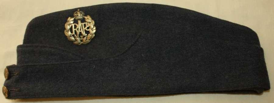 A GOOD WWII RAF SIDE CAP SIZE 7 1/4 -7 1/2