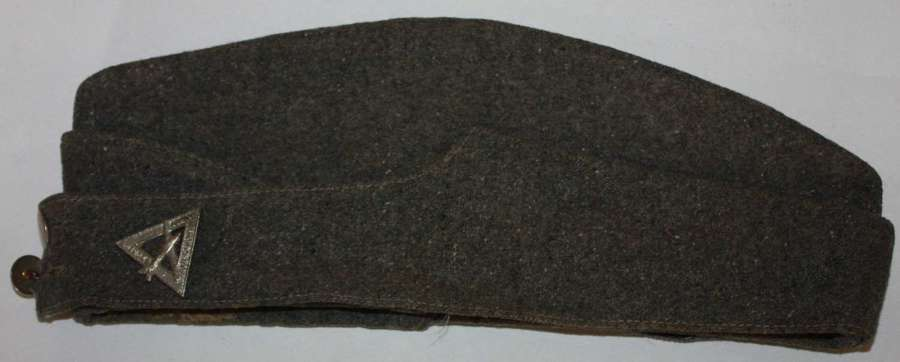 A GOOD USED WWII WOMENS JUNIOR AIR CORPS SIDE CAP