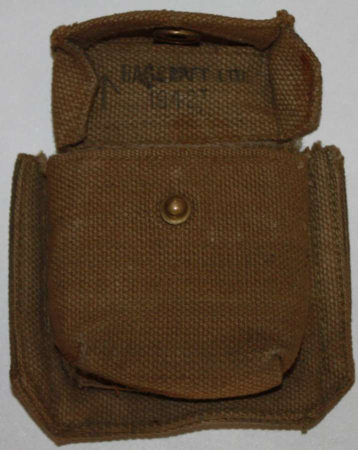 A GOOD 1942 DATED 37 PATTERN COMPASS POUCH