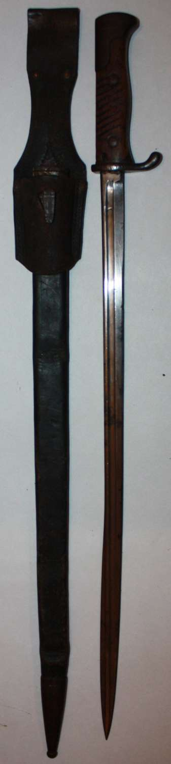 A VERY GOOD 1906 DATED GERMAN S98 BAYONET MATCHING UNIT MARKINGS
