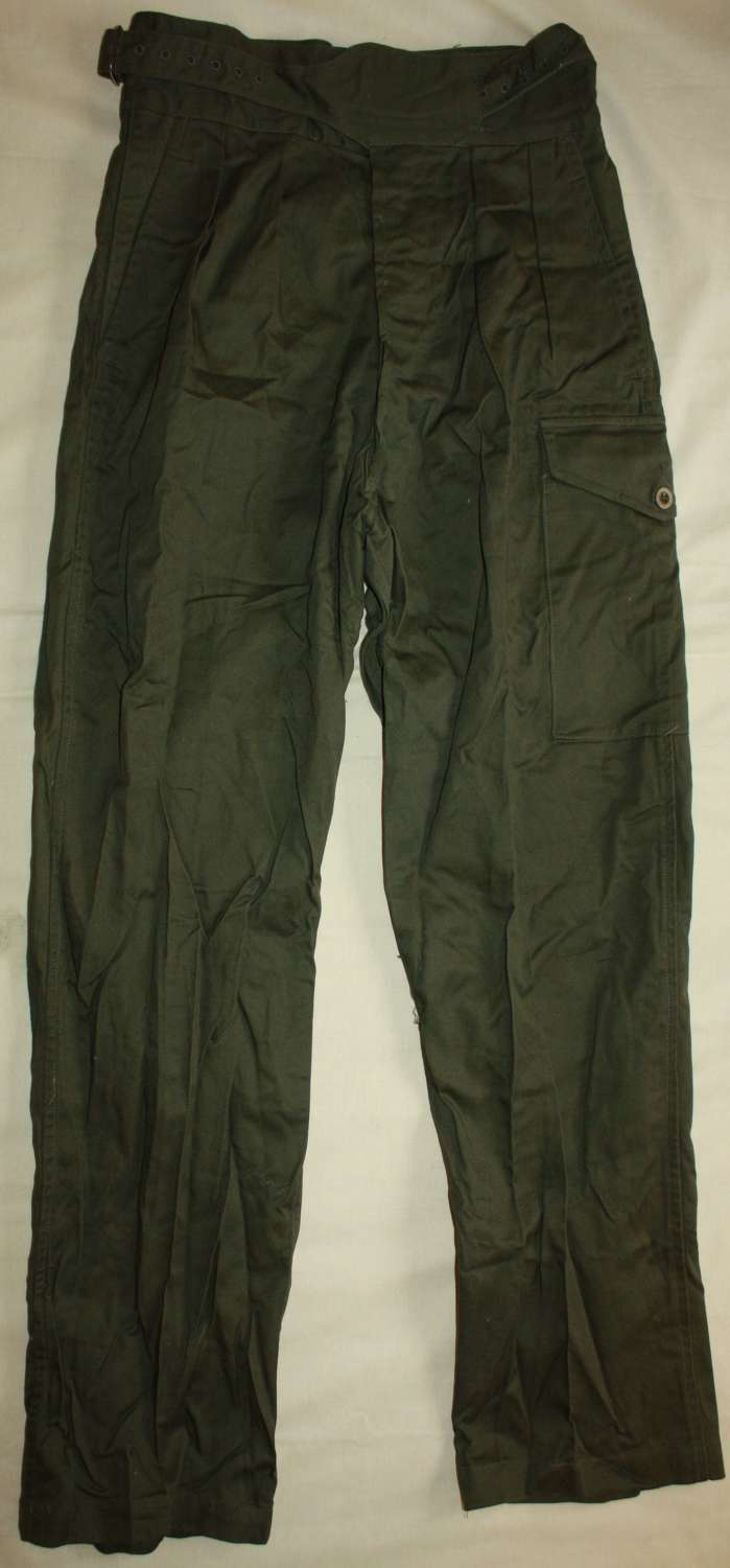 A VERY GOOD SLIGHTLY GRUBBY PAIR OF BRITISH 50 PATTERN JUNGLE TROUSERS